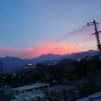 8月 夕日に照らされた石鎚の上の積乱雲